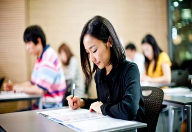Lớp học tiếng Hàn trung cấp 1 - tháng 3 năm 2016