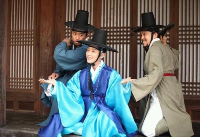 Tìm hiểu đại từ nhân xưng 양반 và 마누라 trong tiếng Hàn giao tiếp của người bản địa
